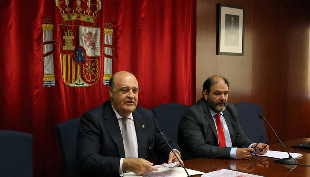 Foto del presidente del TSJN, Joaquín Galve, y el secretario de gobierno del TSJN, Francisco Javier Isasi.