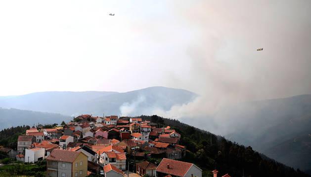 Portugal busca causas y consecuencias de la tragedia tras controlar el fuego