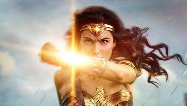 Cartel de la película 'Wonder Woman'.