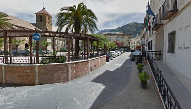 Imagen de la Plaza de la Constitución en Valdepeñas de Jaén.