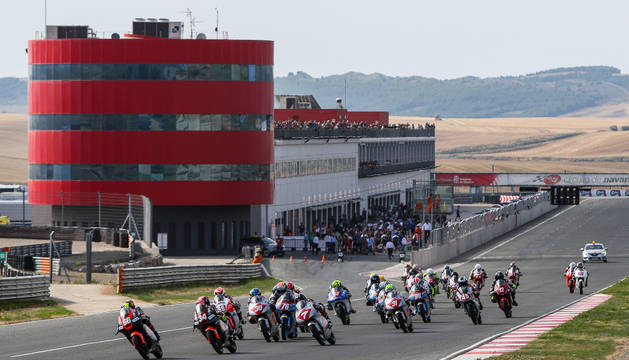 Imagen de una de las carreras disputadas hoy en Los Arcos