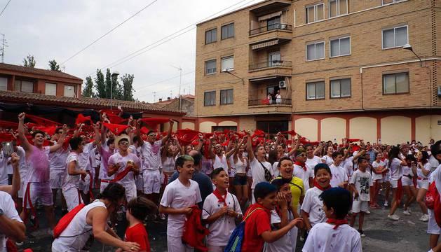 Imágenes del cohete de fiestas de Castejón 2017