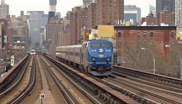 El metro sobre el barrio de Harlem