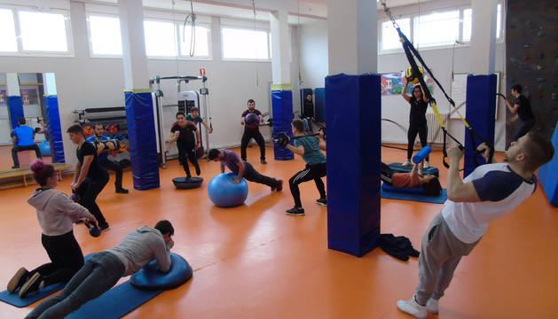 Alumnos de la FP de Actividades Físico-Deportivas de Lumbier.