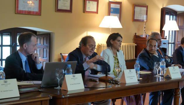 Eduardo Santos-Ruiz, se dirige a la junta de accionistas este jueves en Mendavia.