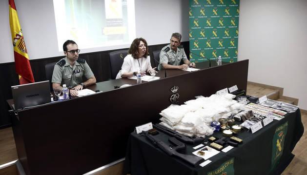 Imagen de la delegada del Gobierno en Navarra, Carmen Alba, que ha explicado en rueda de prensa los detalles de la operación.