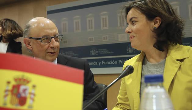 Montoro y Santamaría durante el Consejo de Política Fiscal y Económica
