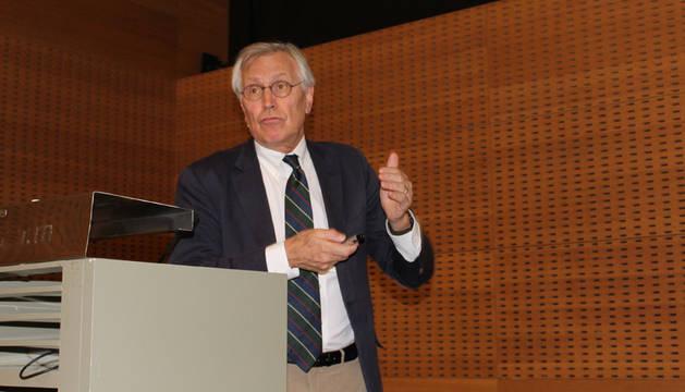 El Dr. Jaime Gállego asegura que seguir hábitos saludables reduce los ictus en un 90%