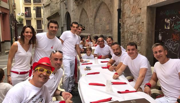 Fotos de los almuerzos antes del Chupinazo de San Fermín