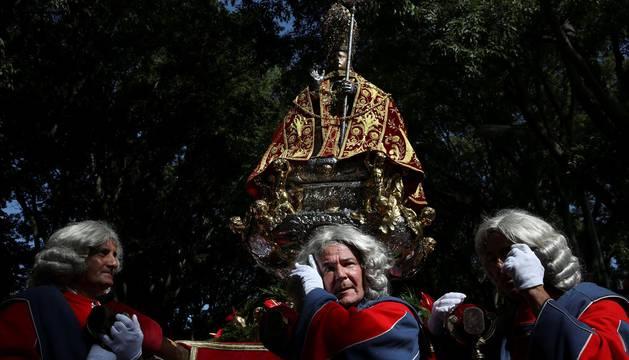 Procesión en honor a San Fermín