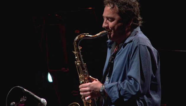 Imagen de Josetxo Goia-Aribe durante una actuación.