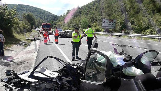 Estado en el que ha quedado el vehículo Peugeot 206 implicado en el accidente.