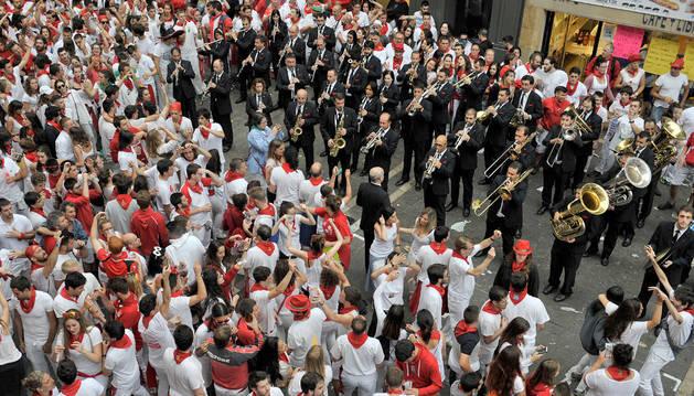 Imagen de La Pamplonesa tocando en las dianas de San Fermín.