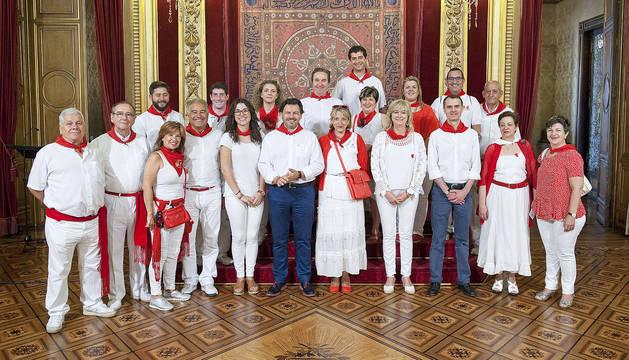 Recepción oficial a los representantes de las Casas Regionales en Navarra