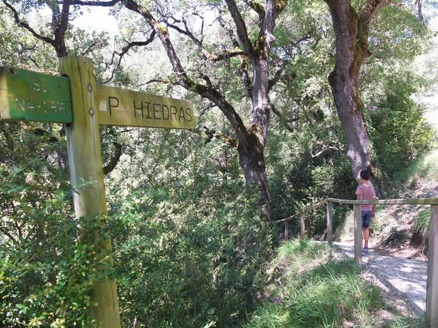 Fotos de la excursión al pozo de las hiedras en Aibar (Navarra).
