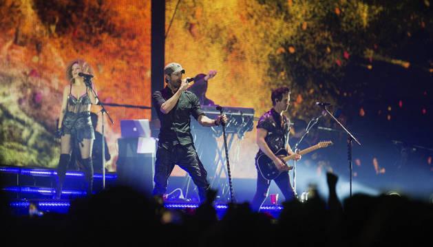 El cantante Enrique Iglesias, en un momento del concierto en Santander.