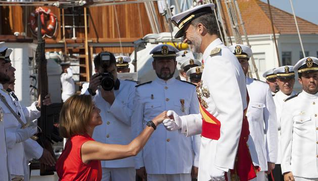 Felipe VI entrega los Reales Despachos a 196 nuevos oficiales de la Armada