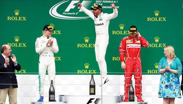 Hamilton no defrauda a su público y vence en Silverstone