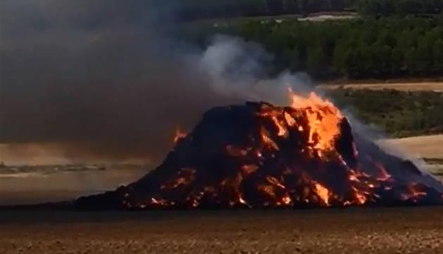 Sofocado un incendio de paja entre Lerín y Sesma