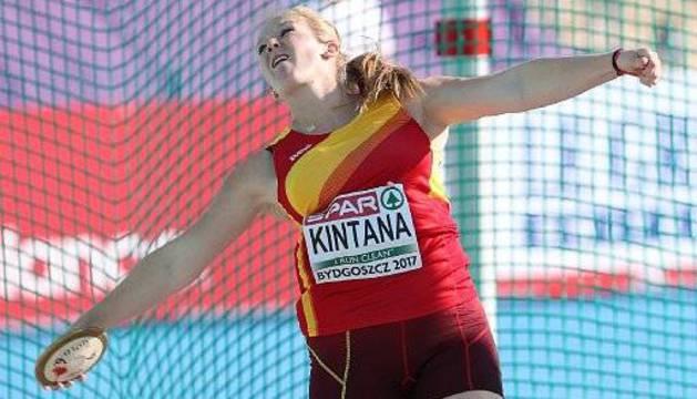 June Kintana, en Polonia.