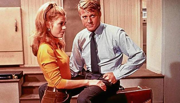 Jane Fonda y Robert Redford, en 'Descalzos por el parque'.