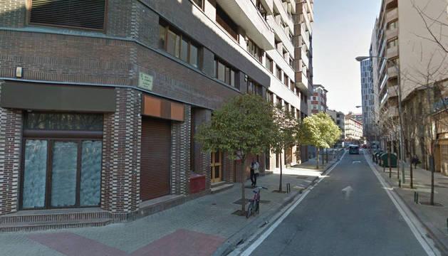 Imagen de la calle Alhóndiga de Pamplona, donde estará la nueva ubicación del INAI.