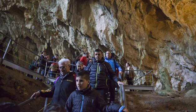 Visita a las cuevas de Mendukilo el pasado marzo.