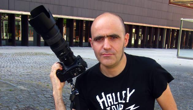 El pamplonés con su cámara.
