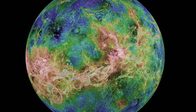 Vista térmica del planeta Venus