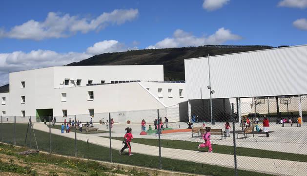 Imagen del colegio público de Buztintxuri