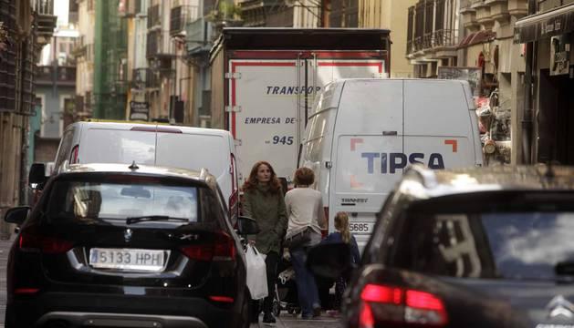 Las calles de Pamplona en horario de carga y descarga