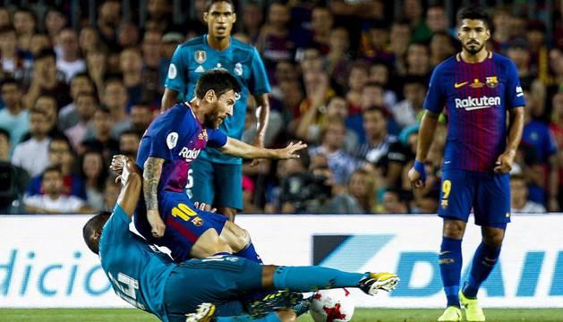 Encuentro disputado entre el FC Barcelojna y el Real Madrid en el Camp Nou.