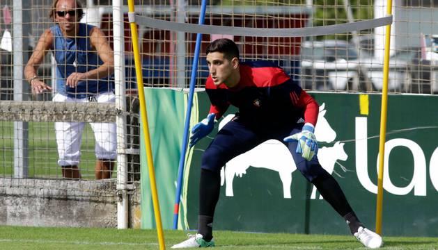 Sergio Herrera, en un entrenamiento en Tajonar.