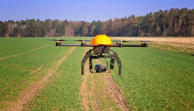 Un dron, utilizado en agricultura.