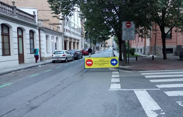 Primer día de los cambios de tráfico en el centro de Pamplona