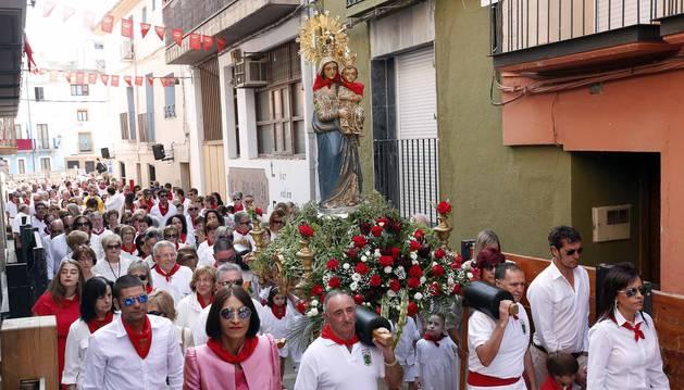 Imágenes de la procesión de la Virgen del Rosario de las fiestas de Ablitas