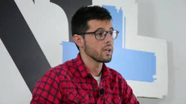 Entrevista a Óscar Azparren
