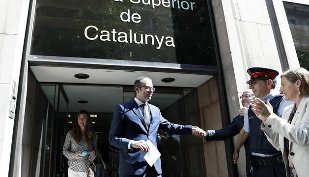 El alcalde de Mollerusa, a su salida de la Fiscalía del Tribunal Superior de Justicia de Cataluña.