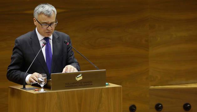 Javier Enériz, en el Parlamento de Navarra.