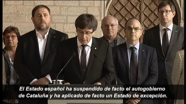 """Puigdemont acusa al Estado de suspender """"de facto el autogobierno en Cataluña"""""""