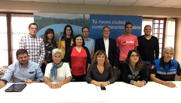 Representantes de los centros e instituciones que participan en el proyecto educativo Stars.