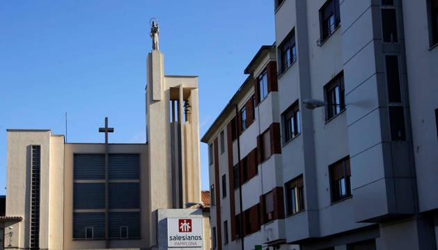 Fachada principal del colegio de Salesianos en el II Ensanche.