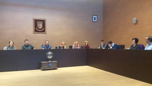 Foto de la oposición critica la gestión de la ludoteca de Berriozar