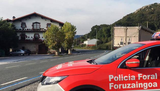ContrControl de tráfico de la Policía Foral en la N-121, en Ventas de Arraitz. ol de tráfico de la Policía Foral en la N-121, en Ventas de Arraitz.