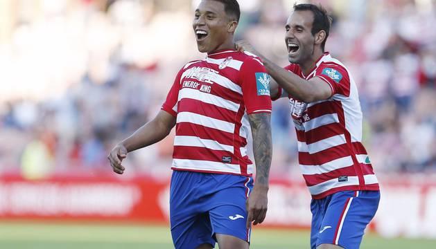 Darwin Machís celebra uno de sus goles