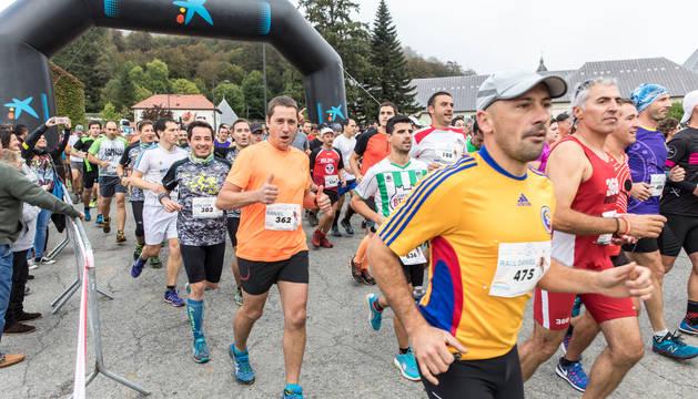 Participantes en la salida de la última edición de la Roncesvalles-Zubiri.