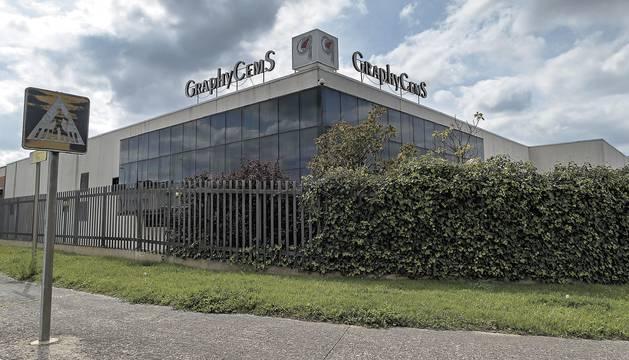 Exteriores de la empresa GraphyCems, situada en el polígono industrial de Villatuerta.