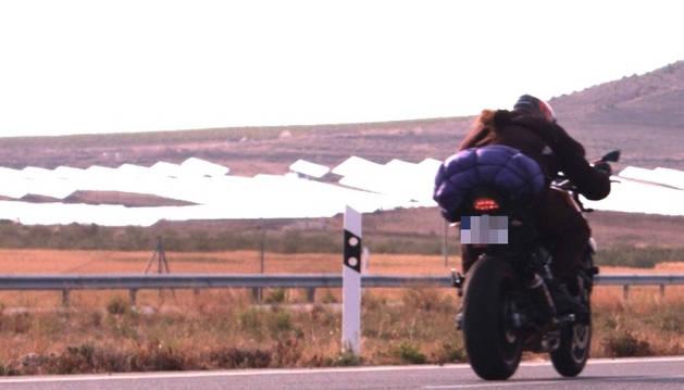 Moto circulando a 215 km/h, imputado.