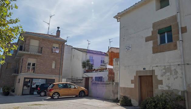 Parcelas de la calle San Lázaro números 7 y 9 de Ayegui donde se promueve un hotel.