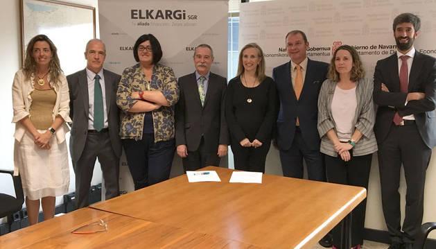 foto de Cristina Amorós, José Mª Montes, Pilar Irigoien, Pío Aguirre, Izaskun Goñi, Jorge Belaustegui, Leire Arrazola y Miguel Larraza.